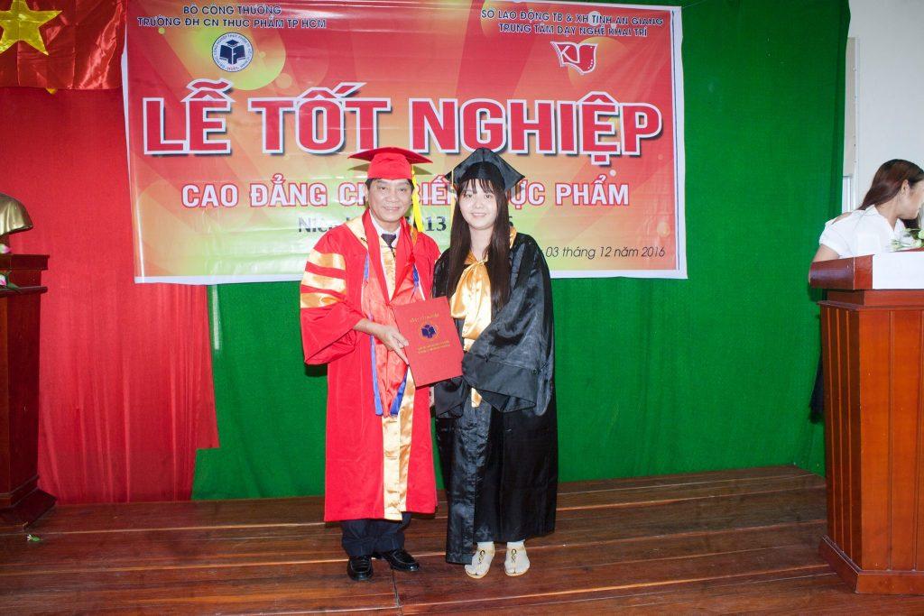 tot-nghiep-che-bien-thuc-pham-6